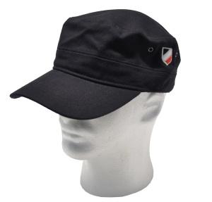 Millitärmütze bestickt mit schwarz weiß rotem Wappen